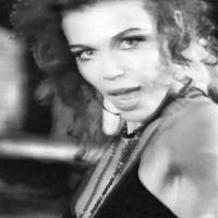 Trixi Delgado - Biographie